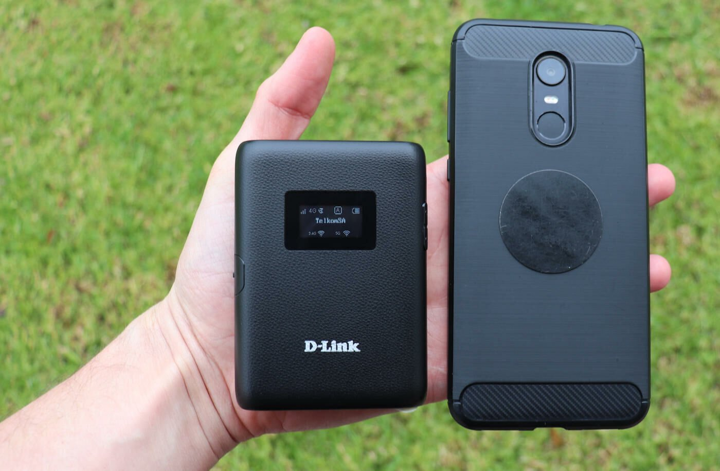LTE & Wi-Fi On The Go - D-Link Mi-Fi DWR933 Review